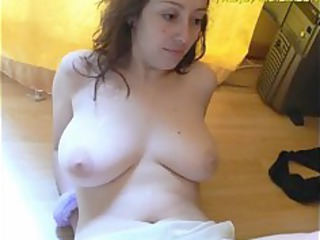 hot brunette hair milf loves cum
