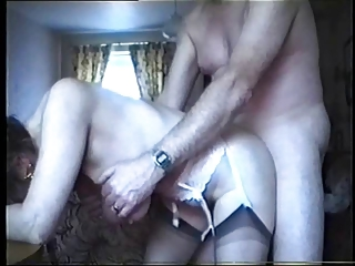 saggy love bubbles - granny fucked from behind