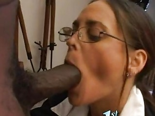 sexy matured cheyenne hunter thumps a monster