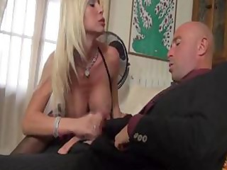 blond italian d like to fuck with big round