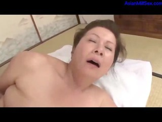 obese mature woman getting her hairy slit screwed