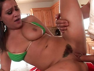 cute brunette d like to fuck does fellatio and