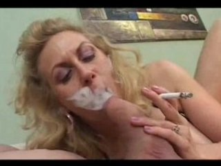smoking older sucks a thick cock