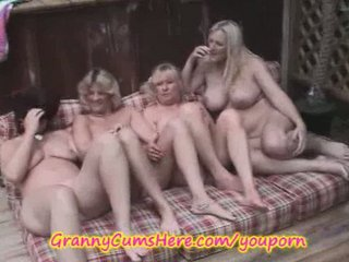 6 lesbo grannies in public