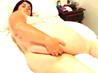 obese mommy rubs her filthy spot