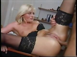 italian golden-haired anal milfs ( 6 scenes )