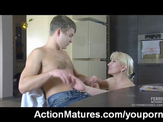hawt sex with hawt mature mother i