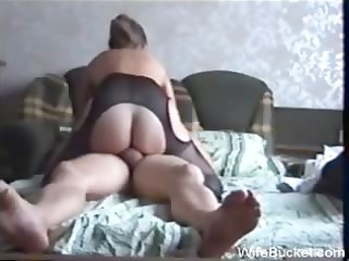 fucking the wife on the messy couch