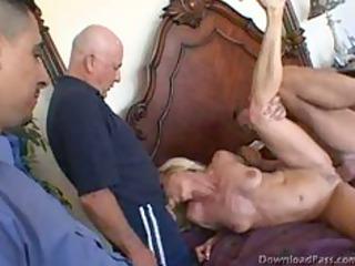 guy lets men fuck his wife