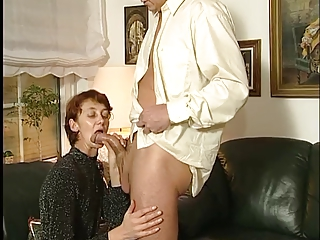 charming wife sucks !
