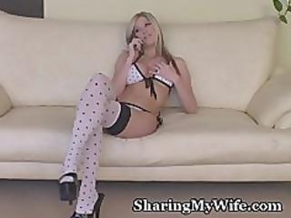 amazing blonde bombshell stretches pussy