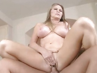 hot blonde momma dyanna lauren slams her soaked