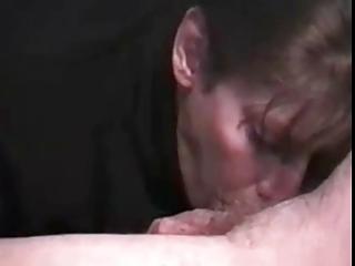 mom engulfing