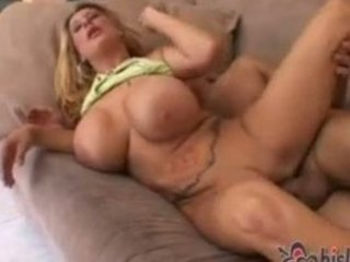 breasty large tit mom screwed on the bed