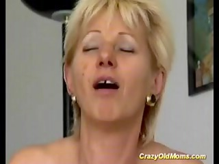crazy old mommy receives drilled hard sucking