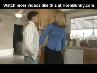 mamma gets drilled - hornbunny.com
