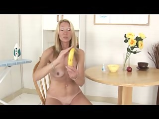 granny shows how to use a banana