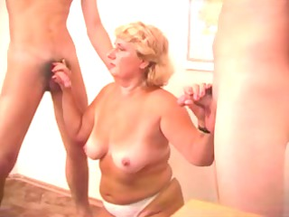 sexy mommy n58 blonde aged in trio