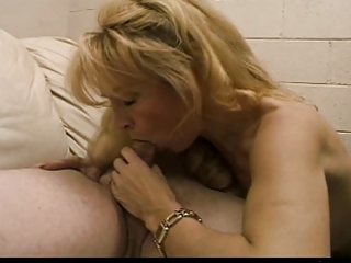 hot blonde mother i mia ivanova sucks a cock