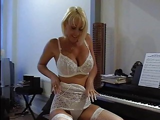 breasty blond milf in sexy lace underware fingers