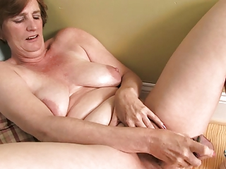 ray lynn older sextoy masturbation