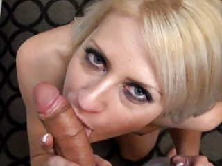 large tit blonde d like to fuck fucking a knob