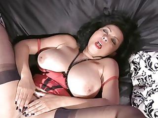 teasing, masturbat in nylon nylons
