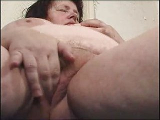 chubby mom didles with her chucky cunt fm51