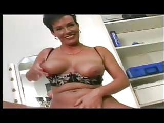 shorthaired german mother i masturbating