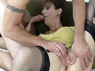 aged slut snags tattooed badass guy for a fuck