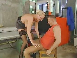 blond with saggy tits fucked by troc