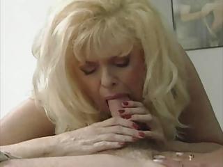 hawt golden-haired mamma anna lisa in a hawt 1 way