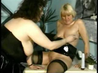 mature lesbians are using fingers and are too