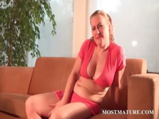 lusty mamma teasing body with a banana