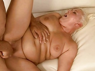 obese granny getting her pussy fucked pretty hard