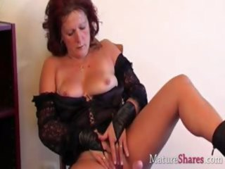 ribald mature housewife dana in solo