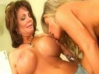 deauxma & kristal summers, hawt d like to fuck