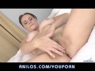 bigtit wife fingers hirsute clitoris