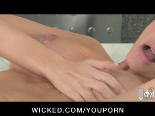 big-boobed brunette d like to fuck randi wright