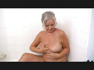 sexy granny r43