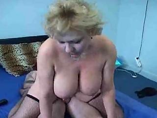aged fat hottie rides a hard sausage