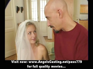 superb hawt amateur blond wife talking with a guy