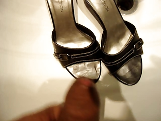 cumming friends wife shoes