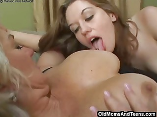 lez fun with bigtitted mature