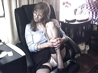 ravishing granny with glasses 0