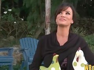 sexy d like to fuck lisa ann seduces the pool chap