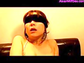 milf blindfolded and bondaged fingered getting