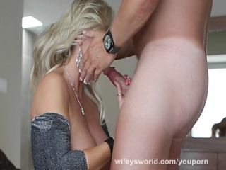wifey swallows a thick load