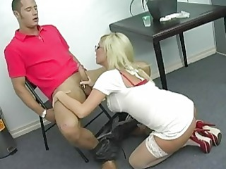 superb breasty blond d like to fuck getting her