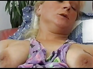 blonde salope anal inserts by troc